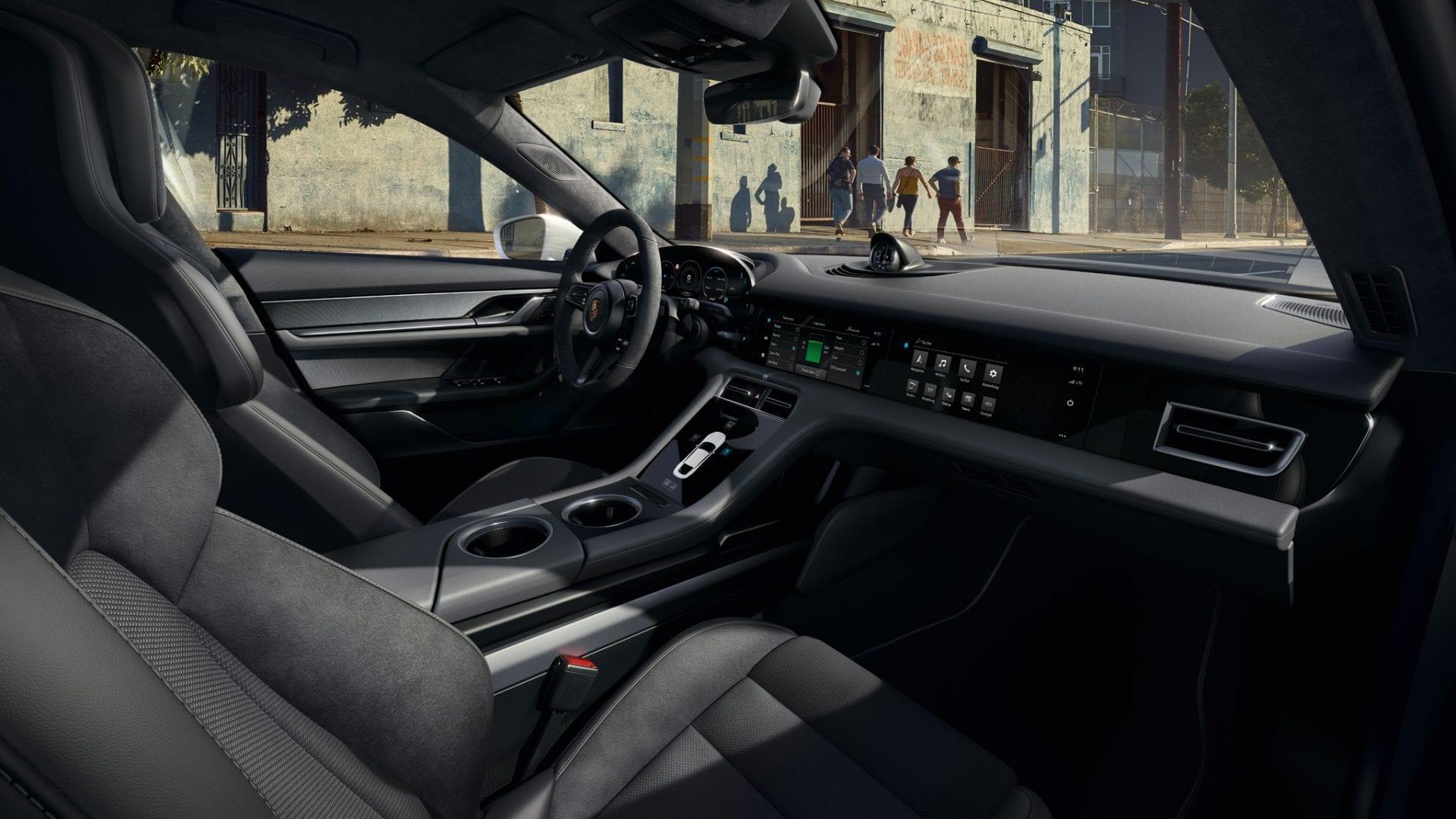 Porsche Taycanin ohjaamo