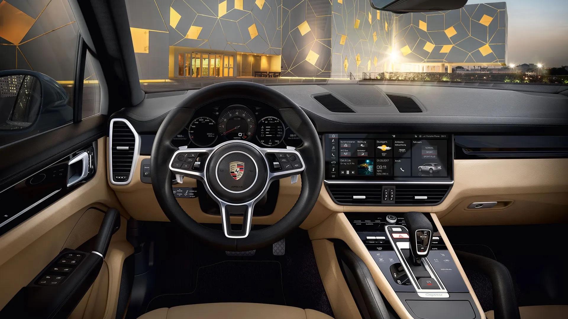 Porsche Cayennen ohjaamo kuljettajan näkökulmasta.